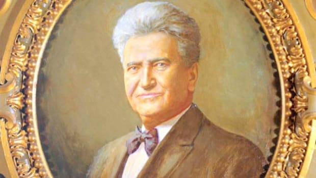 In an effort to pass his New Deal legislation, President Franklin D. Roosevelt proposed adding extra Supreme Court justices sympathetic to his policies. In an address about the situation, Sen. Robert M. La Follette supports the plan.