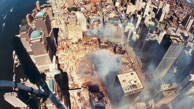 The scene in downtown Manhattan after the attack on the World Trade Center.  Courtesy of WCBS Newsradio 880.