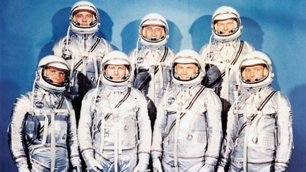 At a press conference in Washington, D.C., on April 9, 1959, NASA introduces the Mercury Seven to the public. The seven astronauts, selected from a pool of 508 military test pilots, were chosen for the newly formed Manned Space Program.
