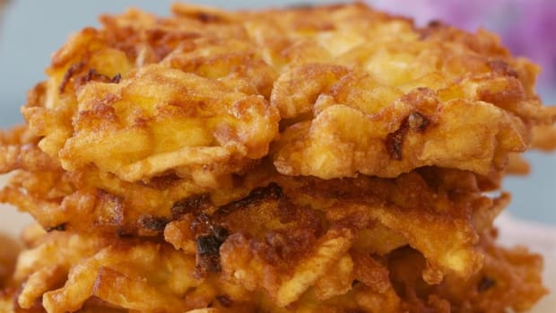Latkes are traditional Jewish potato pancakes served during Hanukkah. Clinton Street Baking in New York City makes some of the best.