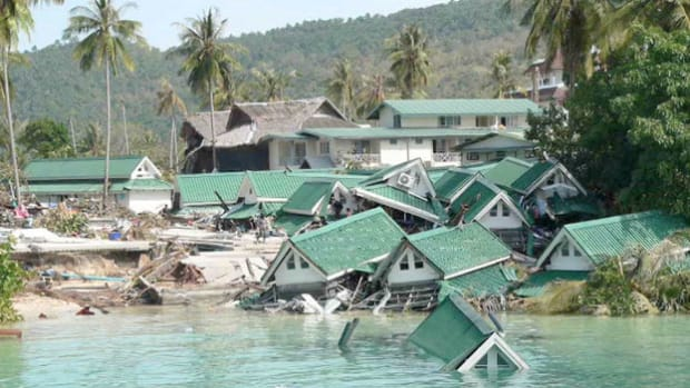 ABC News reports from Thailand on December 26, 2004, on the devastation caused by a 9.1 magnitude earthquake that struck off the west coast of the island of Sumatra, setting off a series of deadly tsunamis. More than 200,000 people in southern Asia were killed as a result.