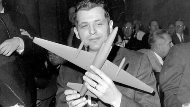 After his return to the United States, American U-2 spy plane pilot Francis Gary Powers is questioned by the media about his capture and subsequent hearing before the Senate Armed Services Select Committee on March 6, 1962. Powers had been shot down over central Russia on May 1, 1960, and arrested by Soviet authorities. Two years later, he was released by the Soviets in a spy exchange with the United States.
