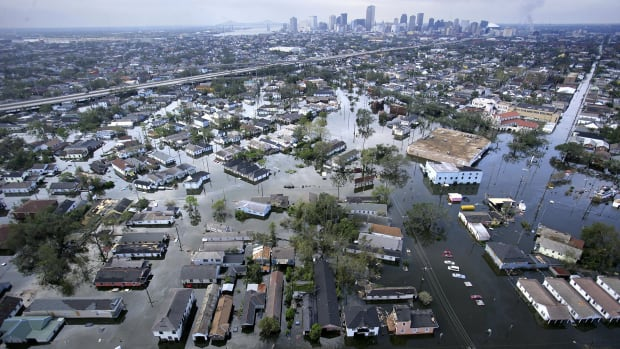 On this day in 2005, Hurricane Katrina makes landfall near New Orleans, Louisiana, as a Category 4 hurricane. Despite being only the third most powerful storm of the 2005 hurricane season, Katrina was the worst natural disaster in the history of the United States. After briefly coming ashore in southern Florida on August 25 as a Category 1 hurricane, Katrina gained strength before slamming into the Gulf Coast on August 29. In addition to bringing devastation to the New Orleans area, the hurricane caused damage along the coasts of Mississippi and Alabama, as well as other parts of Louisiana.