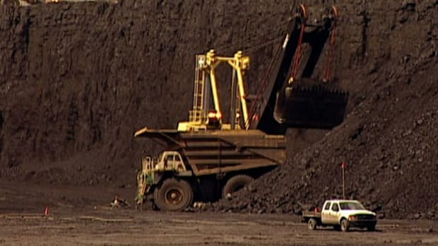 Discover how much coal is produced by the largest mine in the world--the North Antelope Rochelle Coal Mine.
