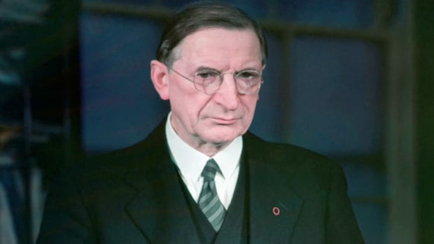 In his annual 1947 St. Patrick's Day radio address to the United States broadcast from Dublin, Prime Minister of Ireland Eamon de Valera reminds the world of Ireland's plight and asks for support in the effort to reunite the country.