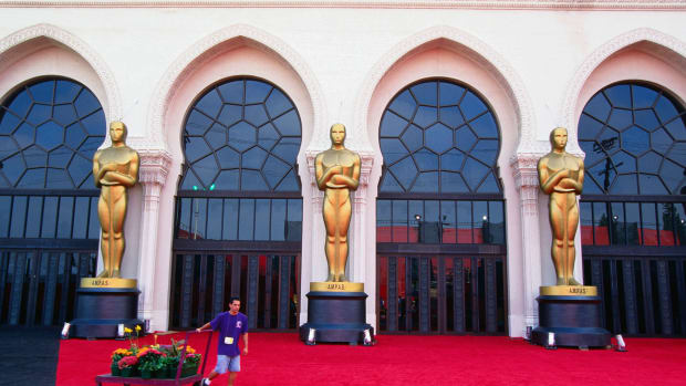 This Day in History - May 16, 1929, was the day of the first Academy Awards. 270 people attended the awards with an admission of $5. Fifteen awards were presented with only one given to a female. All the recipients of the awards already knew they had won before attending. To find out more about this first big night of stars, check out this clip.