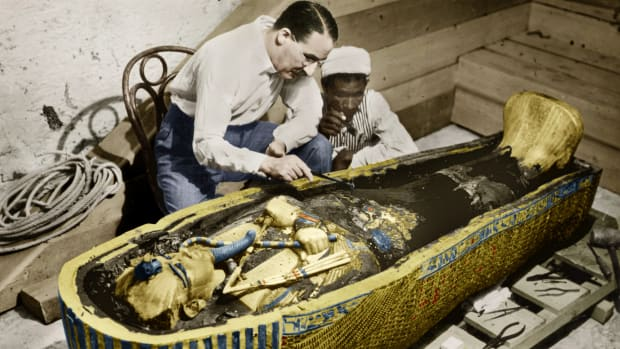 King Tut's mummy was unearthed by archeologist Howard Carter, Fidel Castro became dictator of Cuba, the first 911 system became available, and the Kurds seized embassies across Europe in This Day in History video. The date is February 16th.