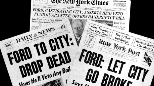 "In a speech before the National Press Club on October 29, 1975, President Gerald Ford denies the near-bankrupt New York City a federal bailout, prompting the New York Daily News to run the infamous ""Drop Dead"" headline the next day."