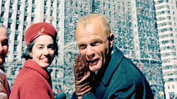 On March 1, 1962, New York City honored astronaut John Glenn by showering him with 3,474 tons of ticker tape to celebrate his return from his first space flight. Aboard Friendship 7, Glenn became the first American to orbit Earth. Following the historic parade, Glenn expresses his gratitude to the thousands of spectators gathered at City Hall.
