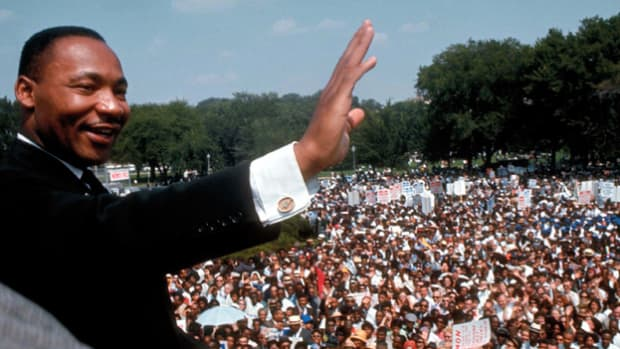 "On August 28, 1963, a quarter million people gather to support civil rights and share Dr. King's ""dream"" of equality."