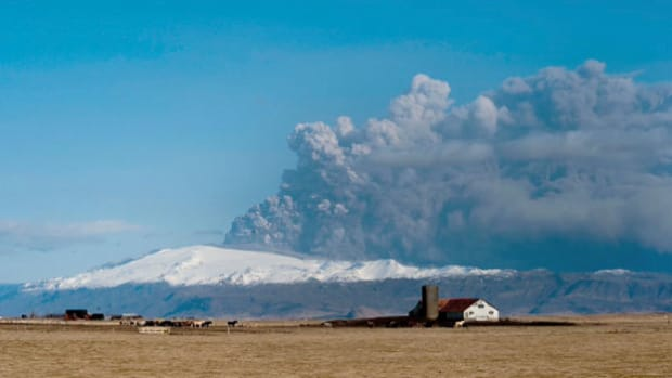 When the Icelandic volcano Eyjafjallajökul erupted on April 14, 2010, it produced a large cloud of steam and volcanic ash that grounded air traffic in Northern Europe for several days. A news report following the eruption describes the resulting air travel chaos.