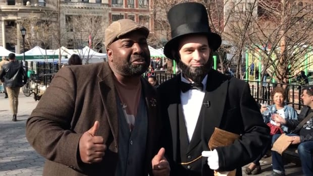 Watch as Abraham Lincoln interacts with various New Yorkers.