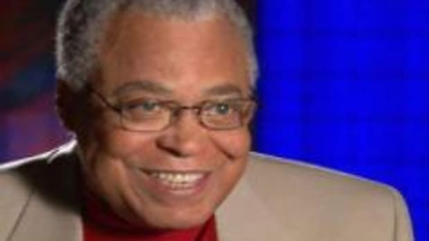 In this American History video, brought to you by the History Channel, James Earl Jones talks about his experiences growing up in Michigan, specifically his move from Mississippi to Michigan. He also talks about growing up on a farm, family Christmases, and overcoming his stuttering problem.
