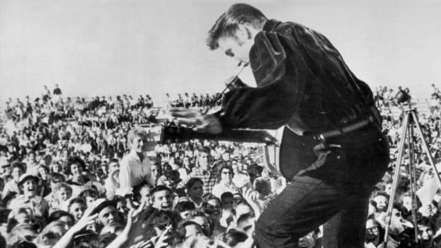 Elvis Presley is known by everyone as the King of Rock and Roll. Did you know however, that he was drafted on December 20, 1957? December 20th marks many historical days in our history. In 1989, the United States invaded Panama, while just six years later, in 1995, the peace was brought to Bosnia by NATO agreements. December 20th also marks the beginning phases of the Civil War because it was on this date, in 1860, that South Carolina became the first official state to succeed from the Union. Watch the This Day in History video: December 20th, to learn more about these events.