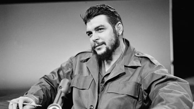 Che Guevara believed that communism would save the impoverished people of Latin America. Learn more about how he became a revolutionary icon of the anti-establishment in this video.
