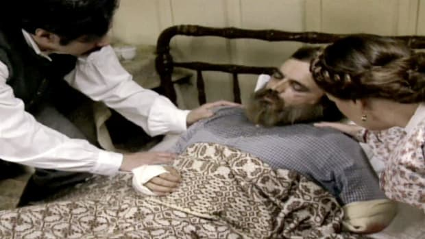 The Confederate general Stonewall Jackson was accidentally shot by his own men during a major Civil War battle, but it wasn't his wounds that killed him eight days later. How exactly did the commander die?