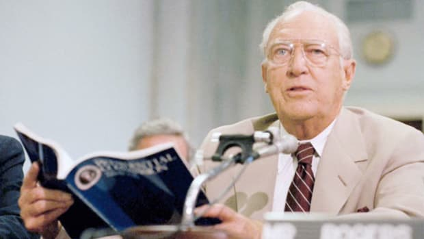 William P. Rogers, head of the special commission appointed by President Ronald Reagan to investigate the January 28, 1986, explosion of the space shuttle Challenger, reports his findings at a press conference on June 9, 1986.
