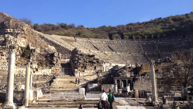 Dr. Libby O'Connell explores an ancient theatre in Ephesus, Turkey.