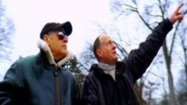 Bill Birnes and the UFO Hunters investigate the Morristown sighting on January 5 2009.