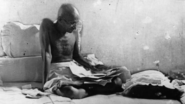 In this This Day in History video, Mohatma Ghandi commonly called Ghandi's fight against the Indian caste system is covered. The lower caste was called the Untouchables. His hunger strike threatened the British. The date is 9/16.