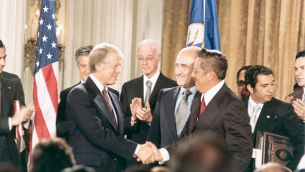 On September 7, 1977, President Jimmy Carter and Panamanian leader Omar Torrijos signed the Panama Canal Treaty, which ceded U.S. control of the canal beginning in 2000 and guaranteed the neutrality of the waterway thereafter. President Carter delivers a speech on the occasion of the treaty signing.