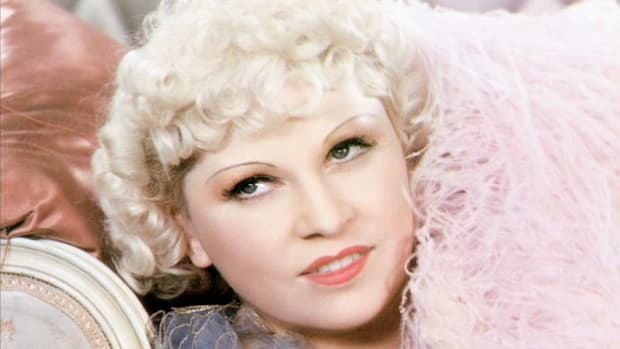 "In an interview a couple of hours before Mae West made her return to Broadway in a 1949 performance of ""Diamond Lil,"" she regales her interviewer with the kind of bawdy language she was famous for."