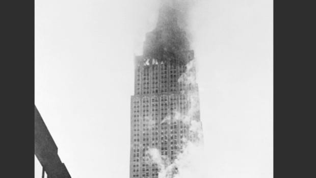 At 9:49 a.m. on Saturday, July 28, 1945, a B-25 Mitchell bomber, lost in fog over Manhattan, slammed into the 79th floor of the Empire State Building, killing 14 people and injuring two dozen. A couple of hours later, a Mutual Broadcasting System reporter interviews eyewitnesses who made a safe escape.