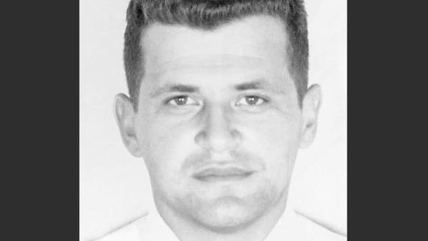 Radio Moscow broadcasts the confession of captured American U-2 spy plane pilot Francis Gary Powers, who had been shot down over central Russia on May 1, 1960, and arrested by Soviet authorities.