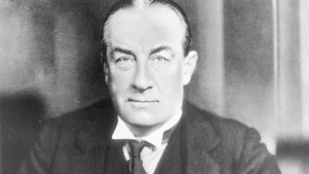 Former British Prime Minister Stanley Baldwin visited New York four months prior to the outbreak of World War II to discuss the international situation. He describes the British Empire's diminishing influence as a world power.