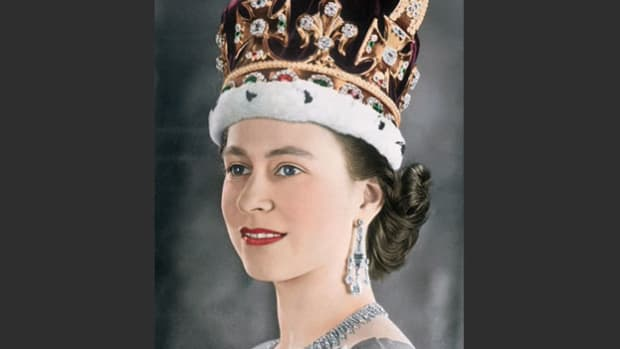 Princess Elizabeth is formally crowned queen of the United Kingdom in a live broadcast of the royal coronation ceremony on June 2, 1953.
