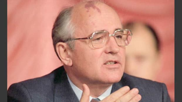 In December 1988, Soviet leader Mikhail Gorbachev traveled to New York City to deliver his now-famous United Nations speech announcing unilateral arms cuts. Upon his arrival, Gorbachev speaks to the press about his upcoming plans to address the U.N. and to meet with outgoing President Ronald Reagan and President-elect George Bush.