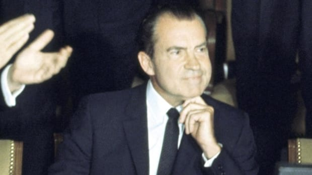 Pat Buchanan, aide to former president Richard Nixon during the 1968 campaign, tells the story of Nixon's unique campaigning techniques.