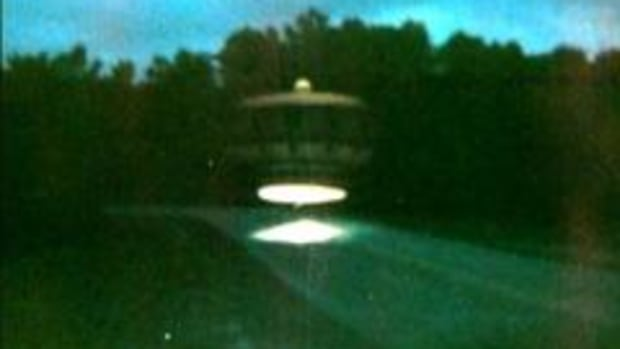 In this UFO Files video, brought to you by the History Channel, learn about the UFO sightings in Gulf Breeze, Florida in the 1980s. Ed Walters took several photographs of UFOs in 1987 and took several more with tamper proof cameras years later. Years later, authorities found similar UFO models in Walters' attic and theorized that he could have faked his photos with double exposures.
