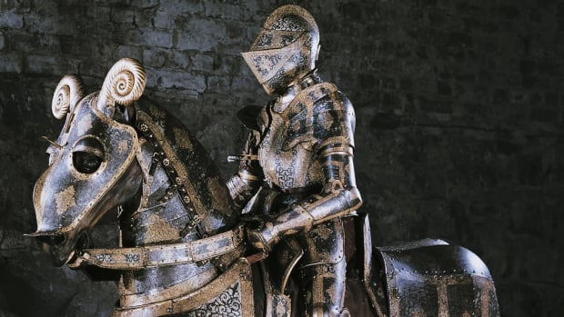 See how the elaborate battle armor worn by medieval knights developed and evolved.