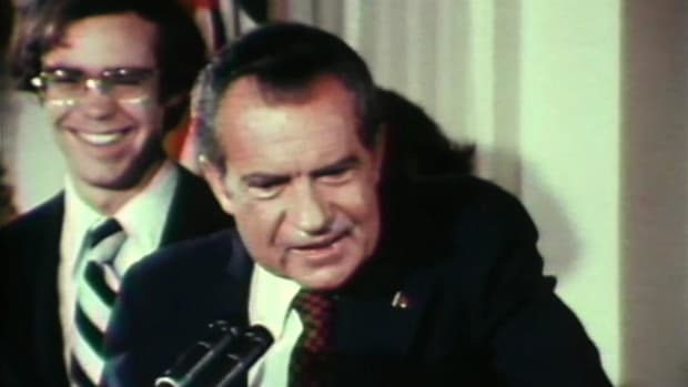 In this History Rocks the 70's video, brought to you by the History Channel, learn about special investigator Archibald Cox's quest to investigate the Watergate cover-up. Nixon tries to get Cox fired several times. He asks Attorney General Elliot Richardson and Deputy Attorney General Ruckelshaus; both refuse and resign.