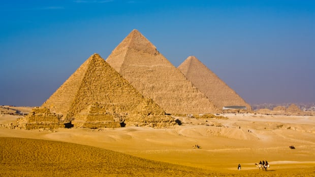 ask-great-pyramid-istock_000015224988large-2