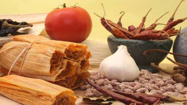 hungry-history-what-goes-into-a-hot-tamale-istock_000005463925large-2