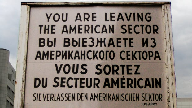 hith-checkpoint_charlie_sign-2