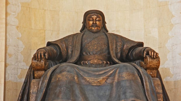 hith-search-genghis-khan-tomb-2