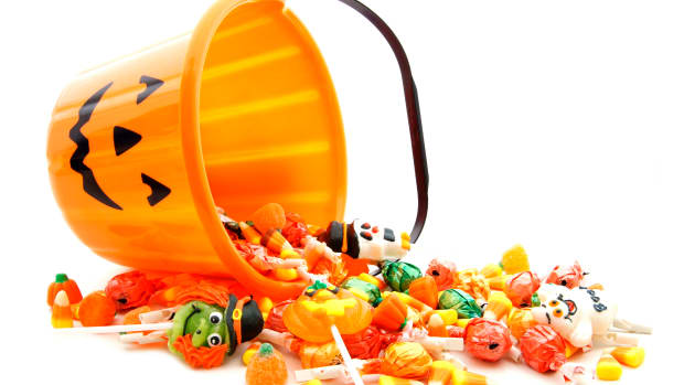 hungy-halloween-candy-istock_000021704258large-2