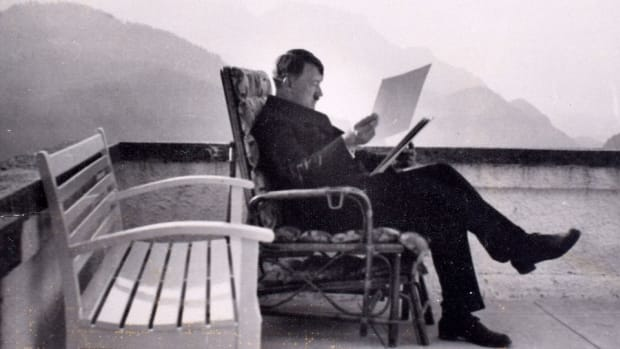 hith-hitler-photo-album-berghof-2
