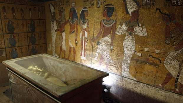 The Curse Of King Tuts Tomb Torrent: 6 Secrets Of King Tut