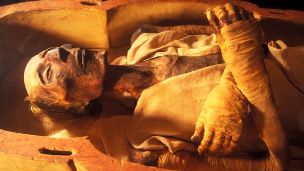 history-lists-5-great-mummy-discoveries-ramesses-ii-2
