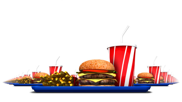 hungry-history-history-of-drive-thru-dining-istock_000031952012large-2