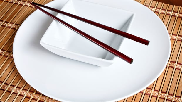 hungry-history-a-brief-history-of-chopsticks-2
