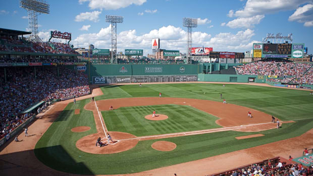 hith-fenway-park-2