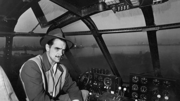 list-howard-hughes-gettyimages-51380687-2