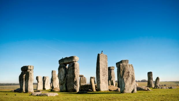 ask-history-why-was-stonehenge-built-2