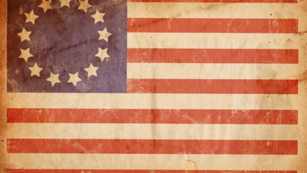 ask-betsy-ross-istock_000005269341large-2