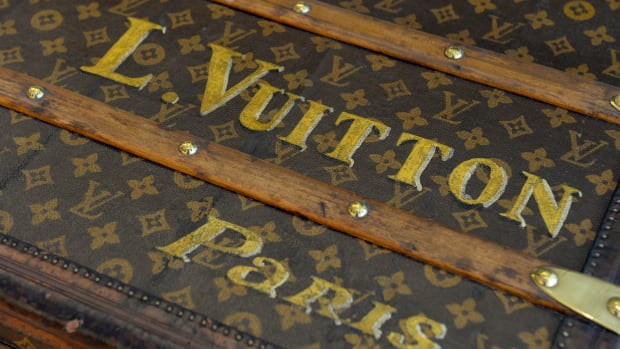 history-list-famous-brands-louis-vuitoon-2